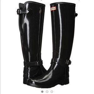 a51ffa6c7c8 Women s Hunter Boots Platform Boots on Poshmark